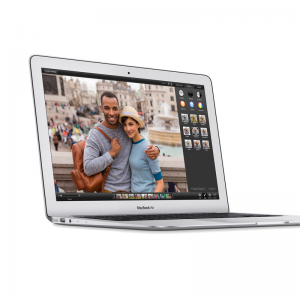 MacBook Air 13-inch, 1,6GHz Intel Dual-Core i5, 8GB, 128GB SSD, Product leeftijd	 13 maanden