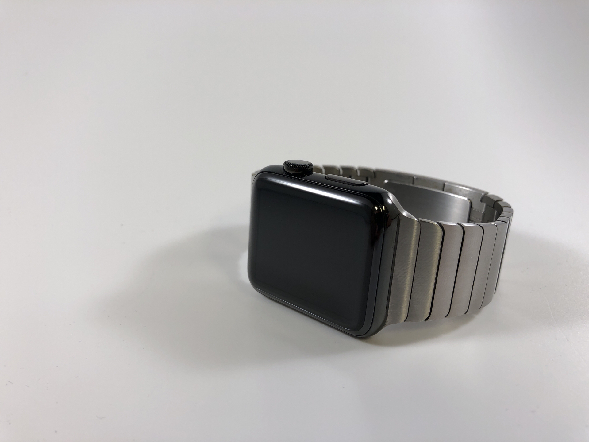 Watch Series 2 Steel (42mm), Stainless Steel, Link Bracelet, Kuva 1