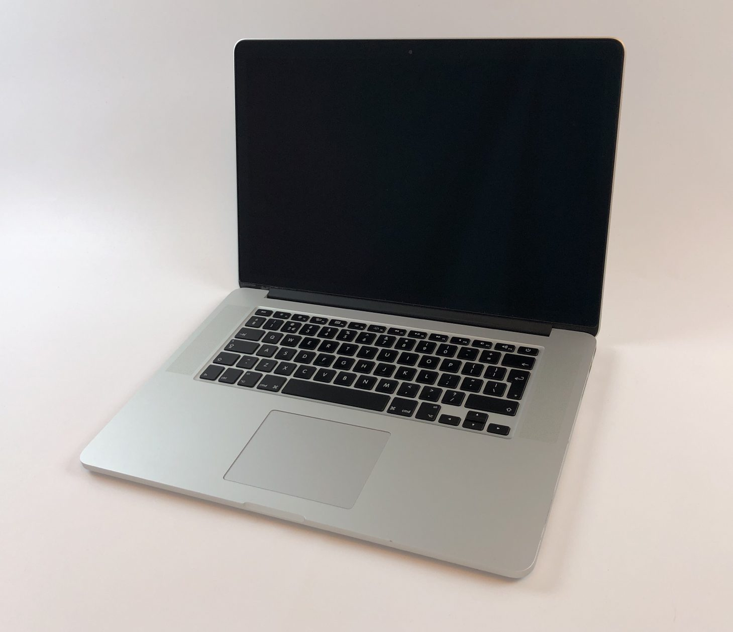 "MacBook Pro Retina 15"" Mid 2015 (Intel Quad-Core i7 2.8 GHz 16 GB RAM 512 GB SSD), Intel Quad-Core i7 2.8 GHz, 16 GB RAM, 512 GB SSD, Afbeelding 1"