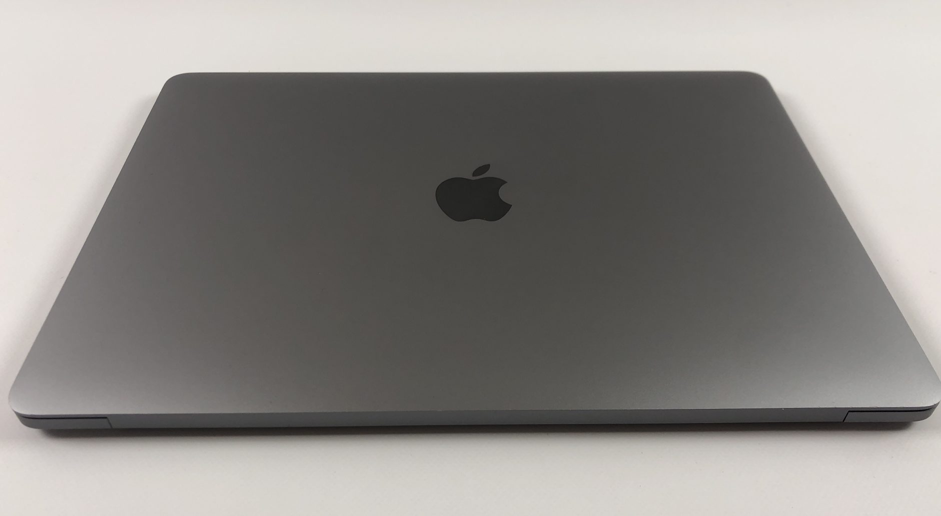 "MacBook Pro 13"" 4TBT Mid 2018 (Intel Quad-Core i5 2.3 GHz 8 GB RAM 256 GB SSD), Space Gray, Intel Quad-Core i5 2.3 GHz, 8 GB RAM, 256 GB SSD, Afbeelding 2"