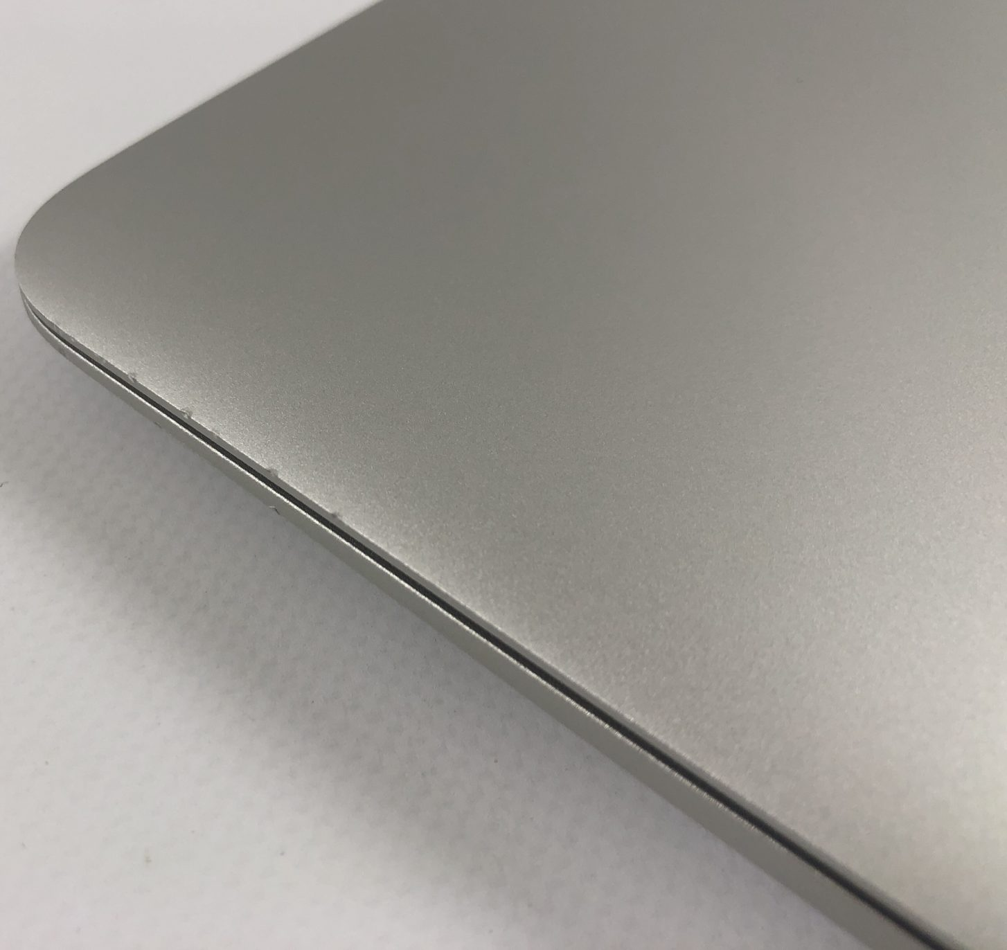"MacBook Air 13"" Early 2015 (Intel Core i5 1.6 GHz 4 GB RAM 128 GB SSD), Intel Core i5 1.6 GHz, 4 GB RAM, 128 GB SSD, Afbeelding 3"
