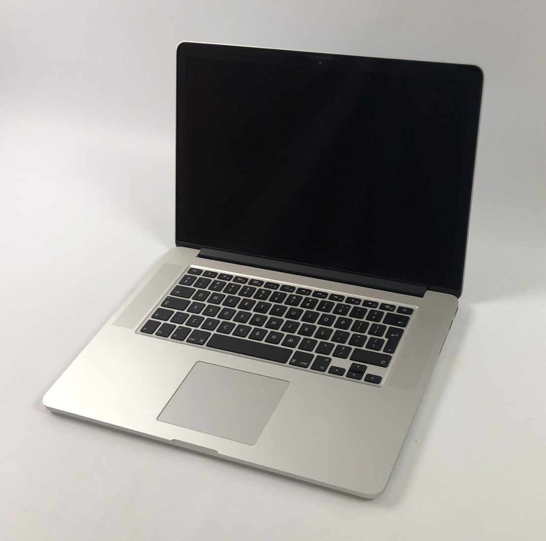 "MacBook Pro Retina 15"" Mid 2015 (Intel Quad-Core i7 2.8 GHz 16 GB RAM 1 TB SSD), Intel Quad-Core i7 2.8 GHz, 16 GB RAM, 1 TB SSD, imagen 1"