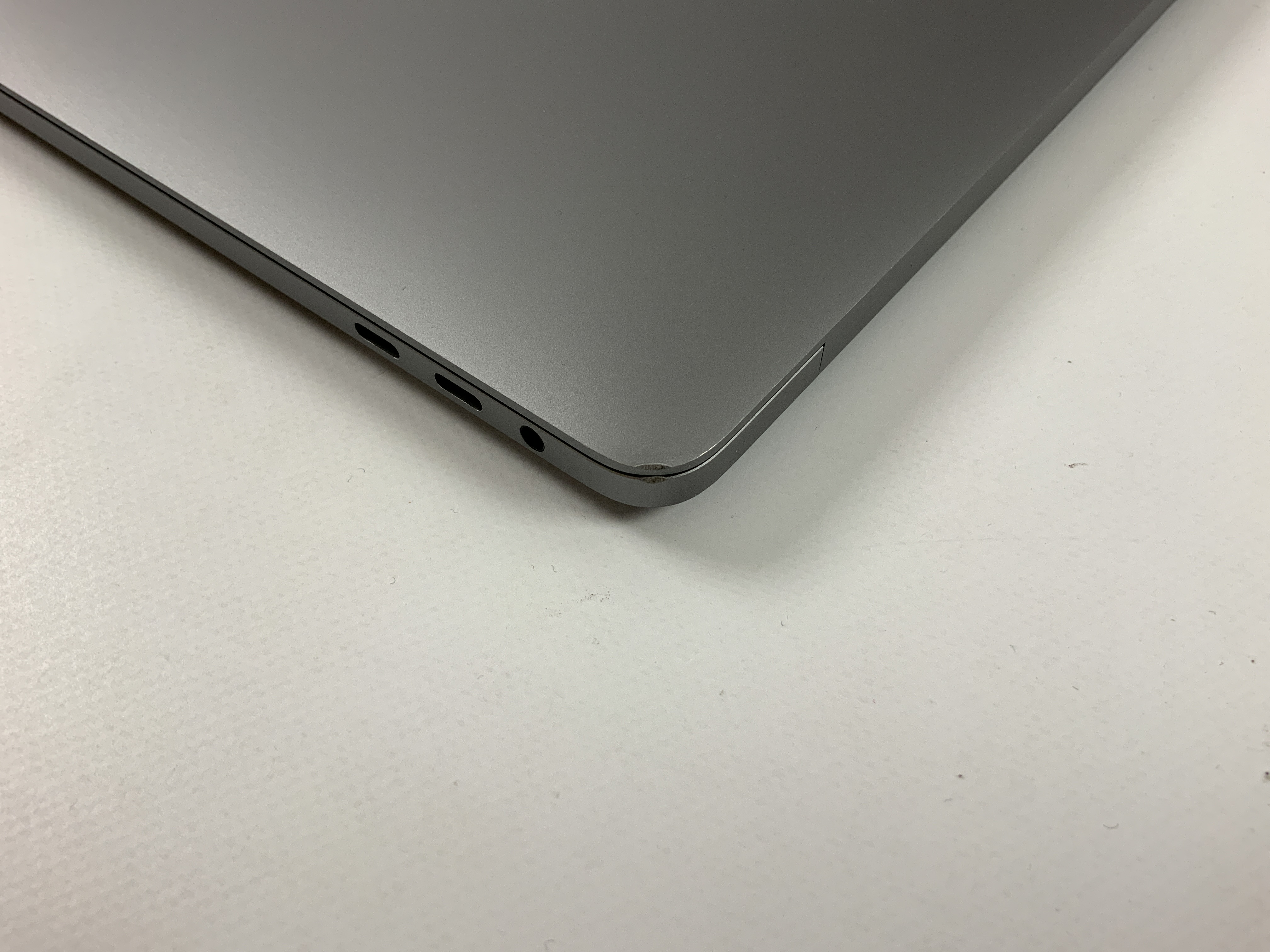 "MacBook Pro 13"" 4TBT Late 2016 (Intel Core i5 2.9 GHz 16 GB RAM 512 GB SSD), Space Gray, Intel Core i5 2.9 GHz, 16 GB RAM, 512 GB SSD, imagen 3"