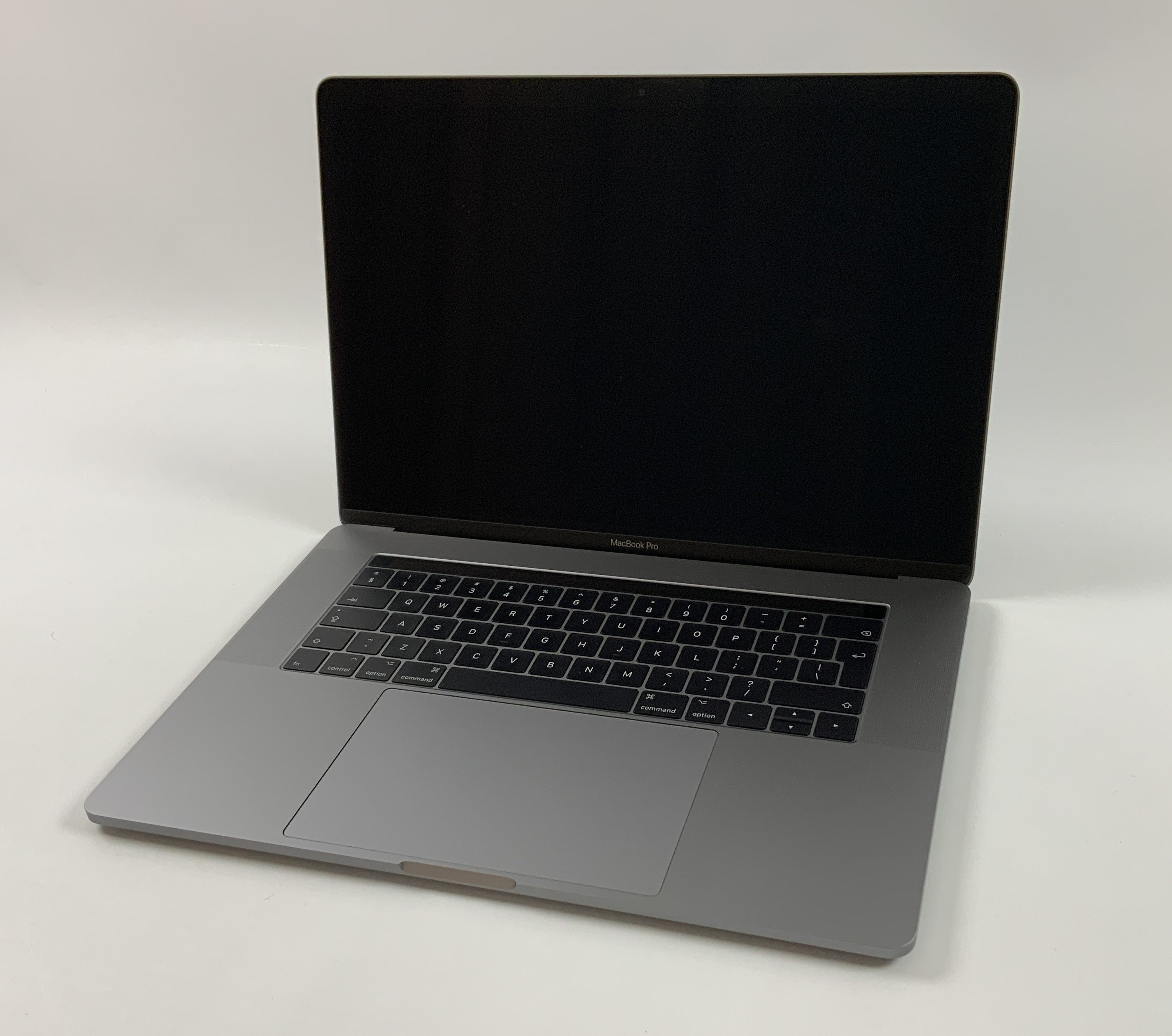 "MacBook Pro 15"" Touch Bar Mid 2017 (Intel Quad-Core i7 3.1 GHz 16 GB RAM 2 TB SSD), Space Gray, Intel Quad-Core i7 3.1 GHz, 16 GB RAM, 2 TB SSD, Afbeelding 1"