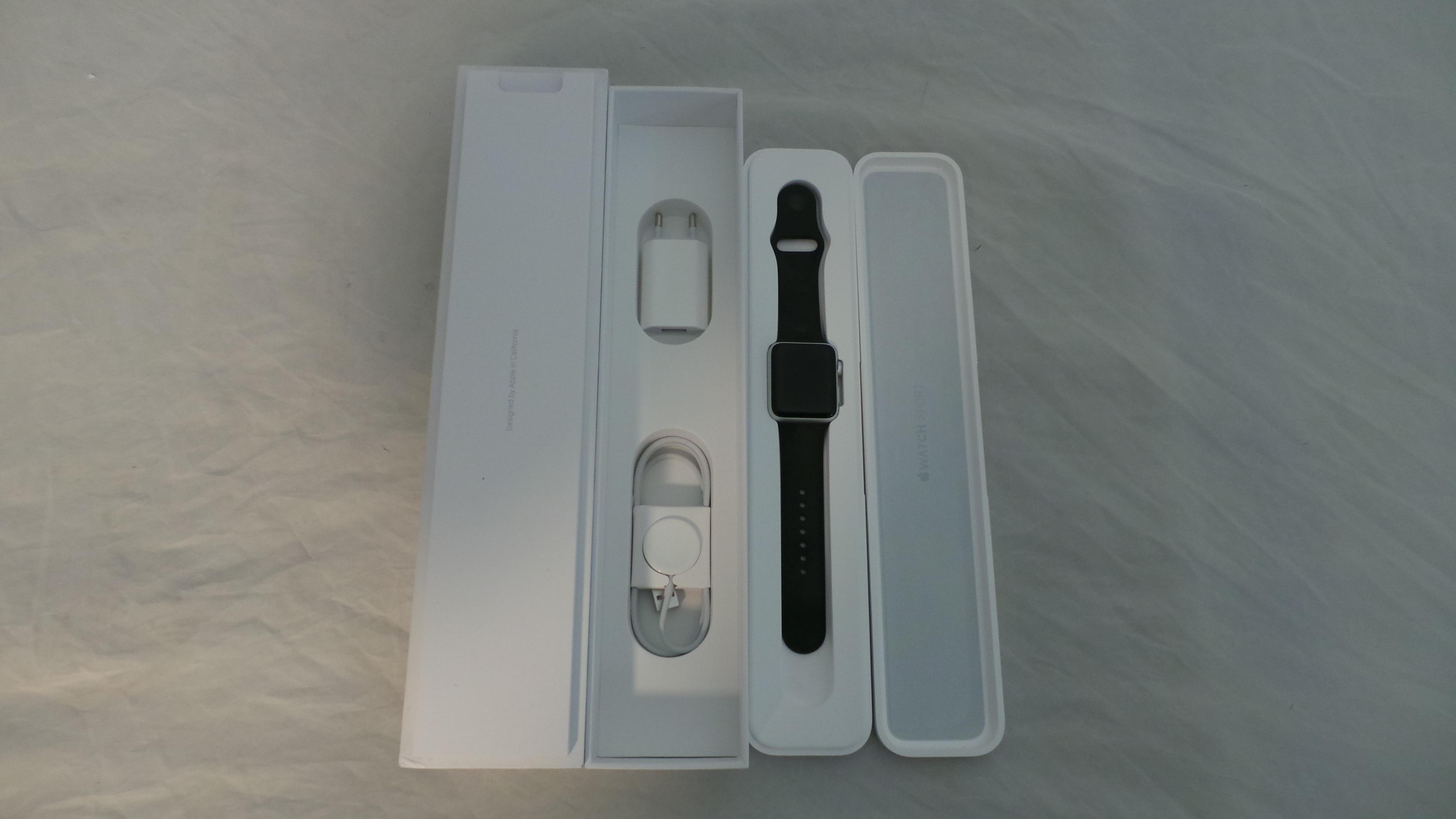 Watch Series 2 Aluminum (42mm), black, Afbeelding 1